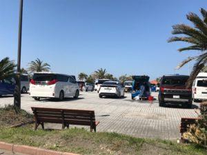 駐車場の中の景色